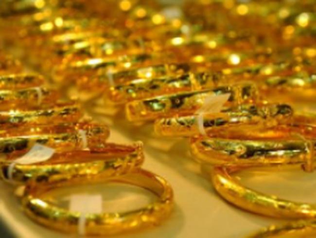 Doanh nghiệp vàng trang sức… ngồi trên lửa