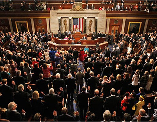 Hạ viện Mỹ chấp thuận nâng trần nợ