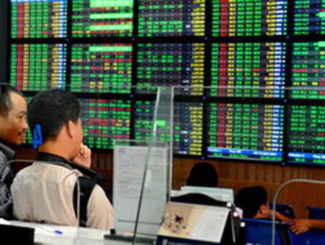Vn-Index bật tăng hơn 6,6 điểm về cuối ngày