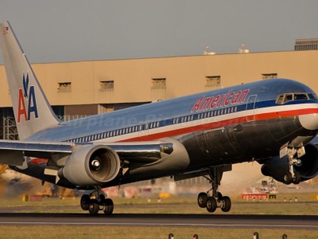 """Hé lộ về thương vụ mua máy bay """"khủng"""" nhất trong lịch sử"""