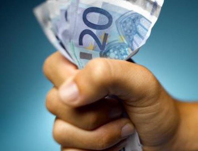 Châu Âu đưa ra gói giải cứu thứ hai cho Hy Lạp