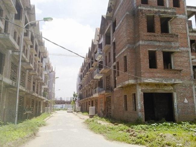 """Hà Nội: Xử nạn bỏ hoang, """"quên"""" hạ tầng"""