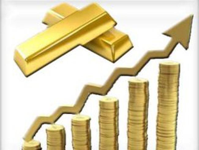 Giá vàng tăng 1% lên sát mức kỷ lục