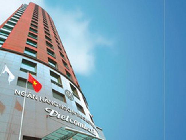 VCB: Ngân hàng mẹ Q2 đạt 1.255 tỷ đồng LNTT, giảm 7% so với cùng kỳ