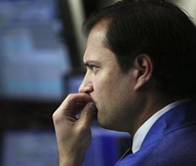 Dow Jones mất điểm vì nỗi lo trần nợ