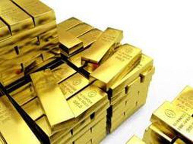 Vàng tiếp tục tăng giá, khối lượng giao dịch khủng