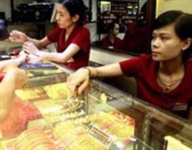 Đề nghị không 'hạ tuổi vàng' để áp thuế
