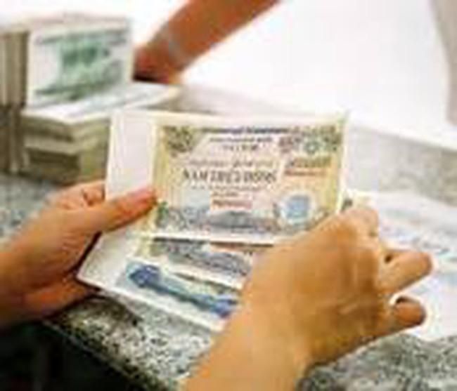 Cần tính đầu tư TPCP vào tăng tưởng tín dụng