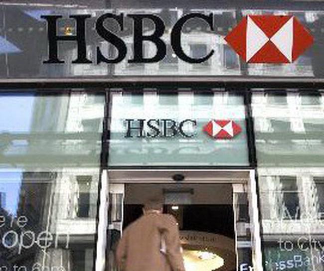 HSBC lãi lớn, sa thải 30.000 nhân viên