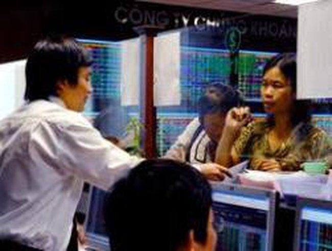 """Phó chủ tịch UBCKNN: Thị trường cần những chính sách """"phản chu kỳ"""""""