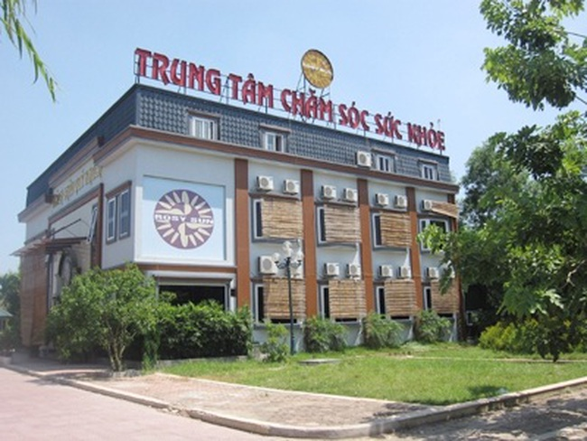 """Hà Nội: Hàng quán """"bủa vây"""" khu đô thị Văn Quán"""