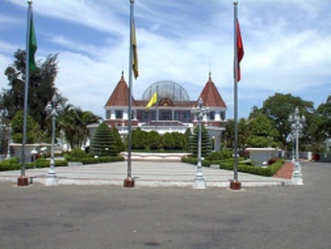 """Casino tại Việt Nam: """"hốt bạc"""" nhưng dễ rửa tiền"""