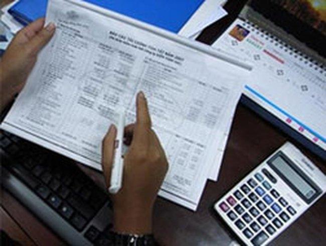 Doanh nghiệp: Nợ nần, thua lỗ…