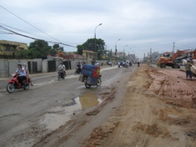 Đẩy nhanh tiến độ thực hiện dự án mở rộng tuyến đường vành đai 2
