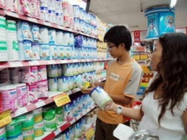 Giá nguyên liệu giảm, giá sản phẩm không theo