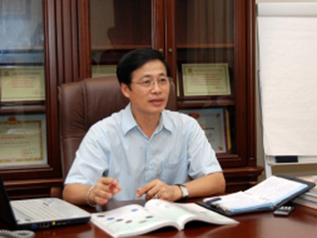 Ông Vũ Minh Châu: Cần có chế tài quản lý biên độ mua bán vàng