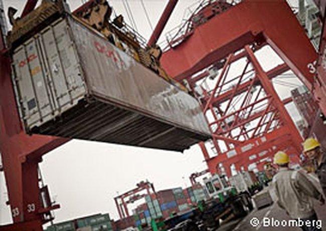 Trung Quốc công bố thặng dư thương mại cao nhất 2 năm