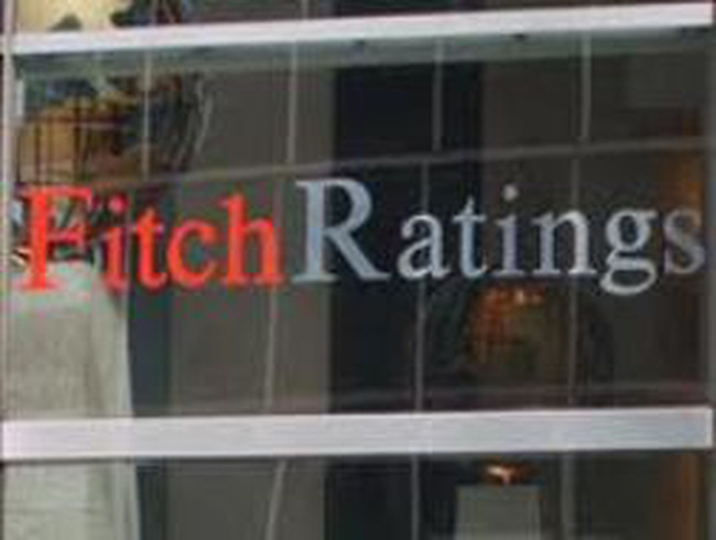 Fitch khuyến nghị Việt Nam tiếp tục thắt chặt tiền tệ