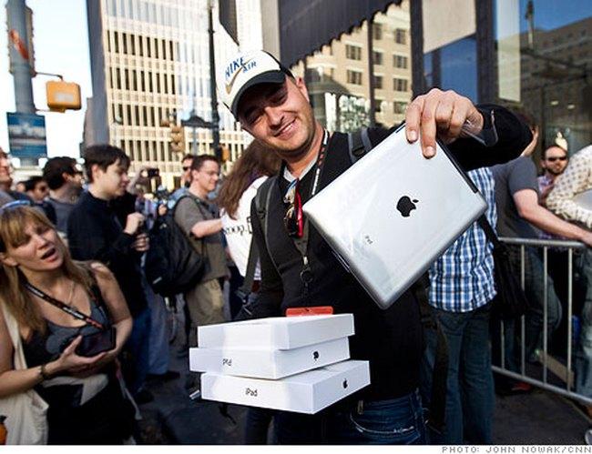 Apple trở thành công ty có giá trị thị trường lớn nhất Mỹ