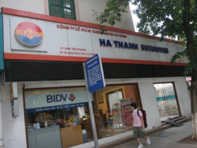 Thị trường chứng khoán Việt Nam: Thờ ơ và kỳ vọng