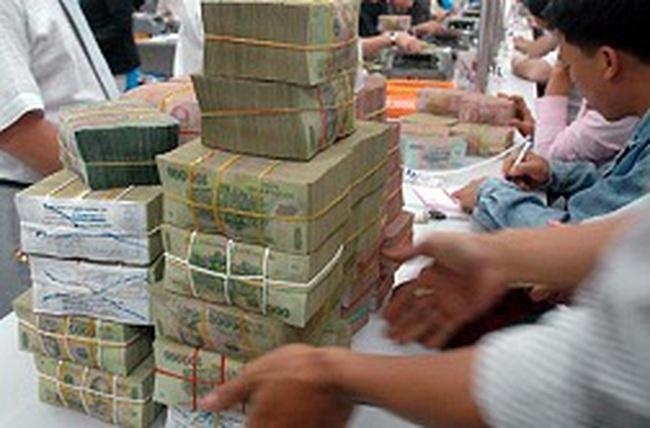 'Các ngân hàng đang dư thừa thanh khoản tiền đồng'