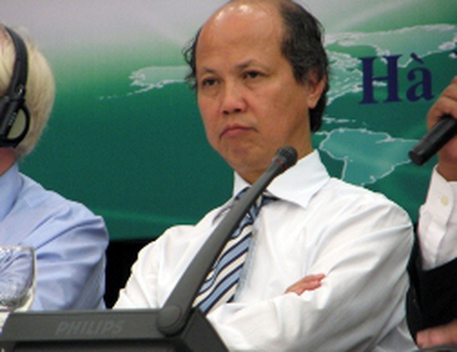 'Lương Bộ trưởng 40 năm mới mua được nhà thu nhập thấp'