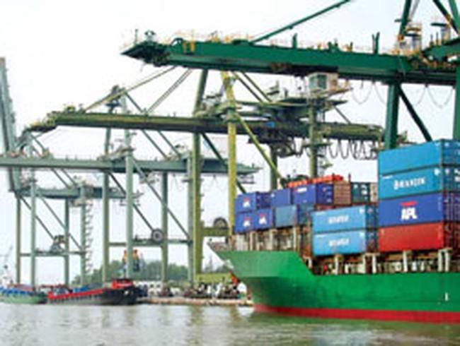 Doanh nghiệp vận tải biển: Đành bán tàu để sống