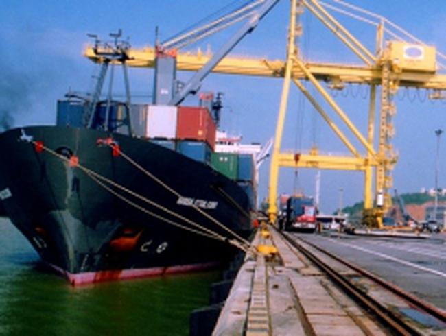 Hà Nội: 8 tháng nhập siêu gần cán mốc 10 tỷ USD
