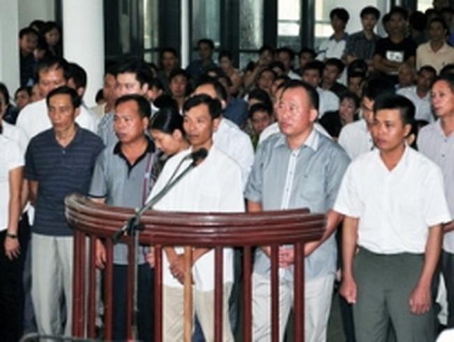 19 cán bộ Vinacomin hầu tòa vì gian lận xuất khẩu