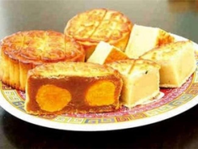 Thu 2 tấn nhân bánh Trung thu nguồn gốc Trung Quốc