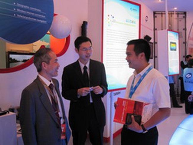 FPT Telecom hợp tác với công ty viễn thông của Hồng Kông