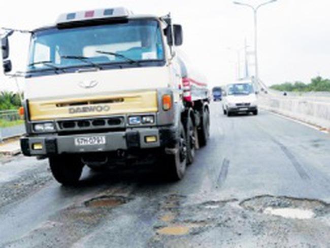 Nguy cơ vỡ nợ dự án cầu Phú Mỹ