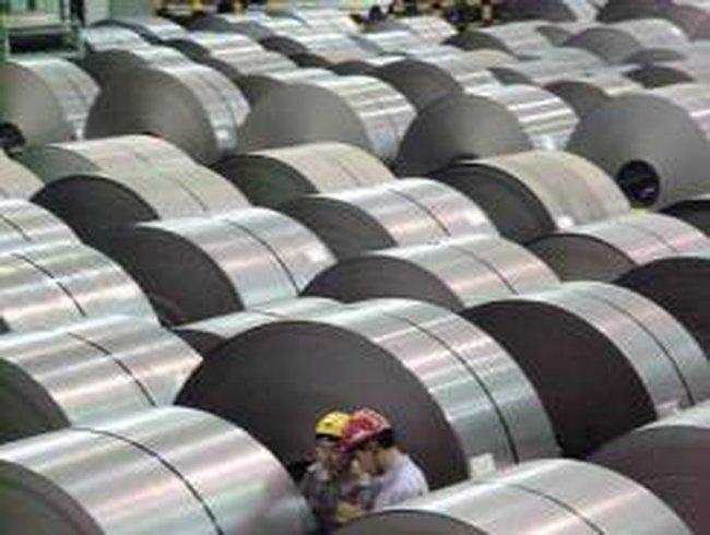 Posco giảm 2,7% giá thép trong tháng 9