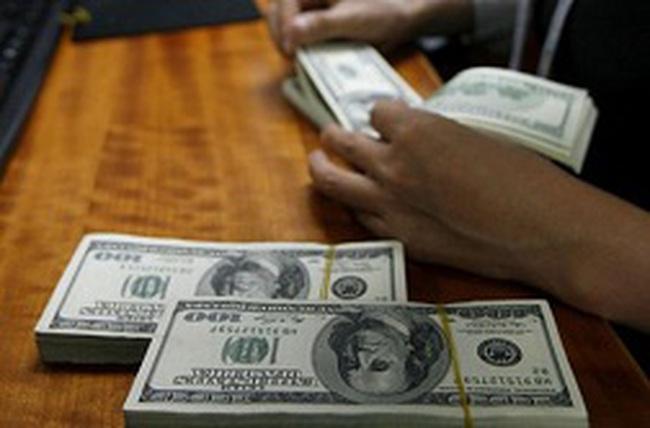NHNN: Tăng dự trữ bắt buộc tiền gửi ngoại tệ thêm 1%