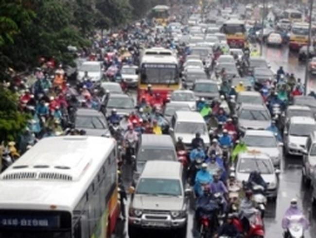 Hà Nội sẽ phân làn giao thông trên 12 tuyến phố
