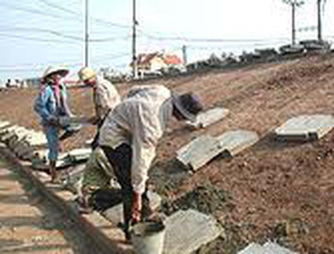 """Quảng Ninh: Dân mất nhà vì thi công """"trảm trước tấu sau"""""""