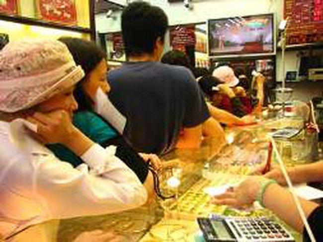 Ngày 30/8: Giá vàng giảm 700 nghìn đồng/lượng