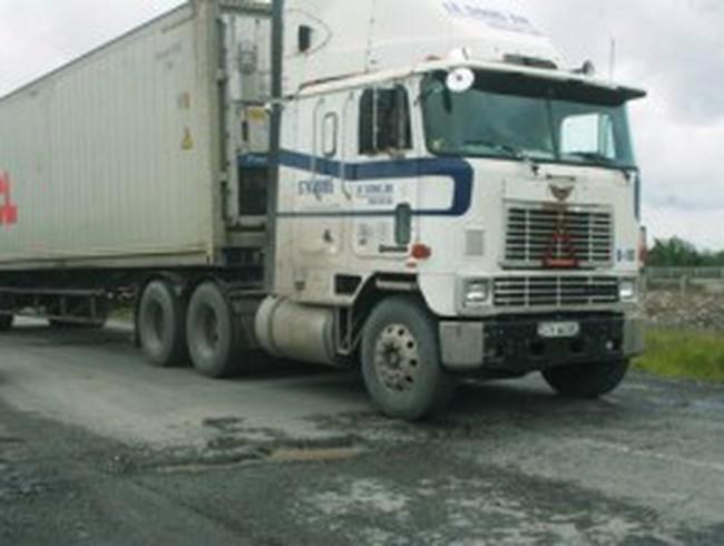 TPHCM: Thêm đường cho xe tải nặng vào thành phố