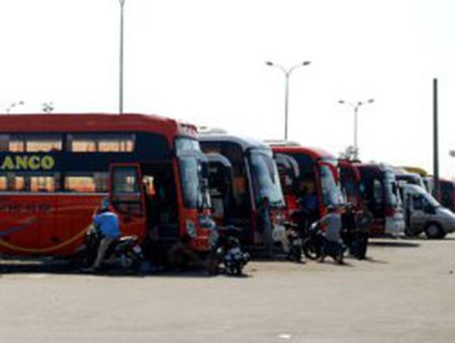 """Đà Nẵng: Giá vé xe tăng đến 70% vẫn """"nóng"""""""