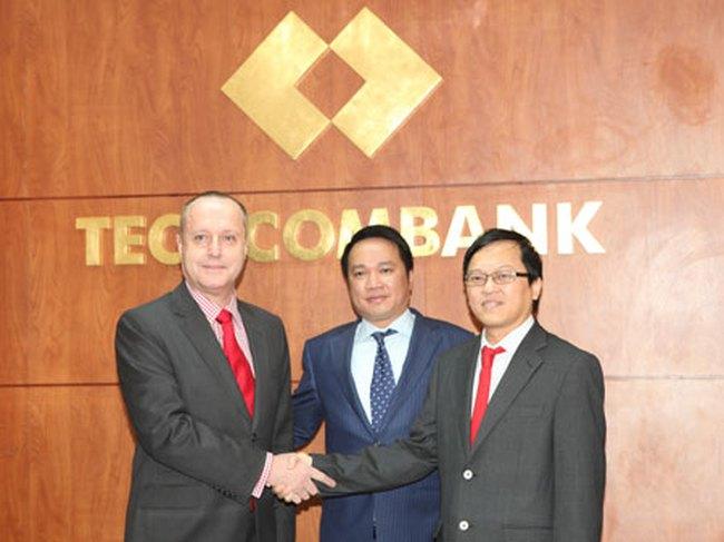 Tổng Giám đốc mới của Techcombank chính thức tiếp nhận vai trò mới