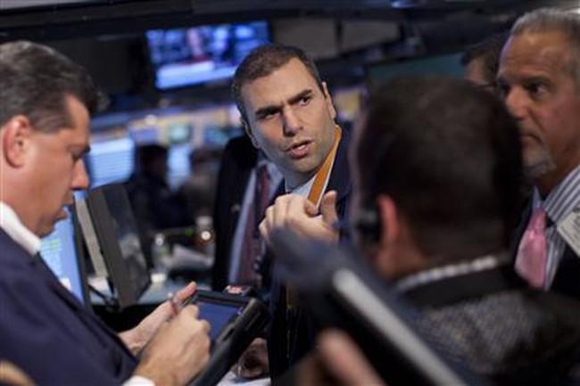 Dow Jones tăng vọt trong phiên đầu của năm 2012
