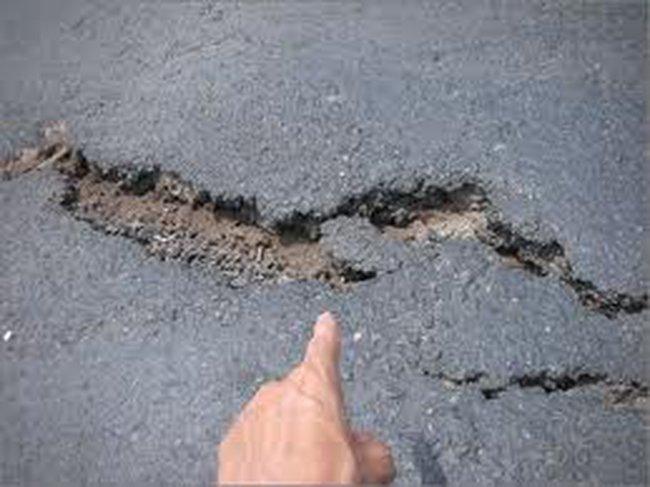Kiểm tra các công trình giao thông trọng điểm: Dự án nào cũng có vấn đề