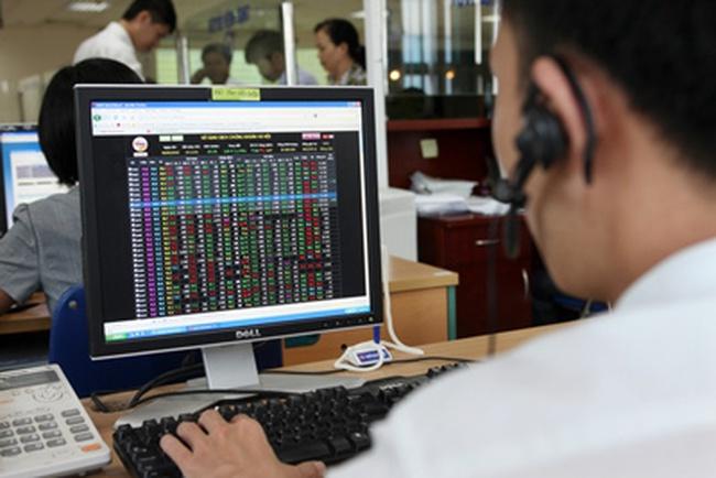 Cơ cấu lại thị trường chứng khoán tập trung vào 4 trụ cột