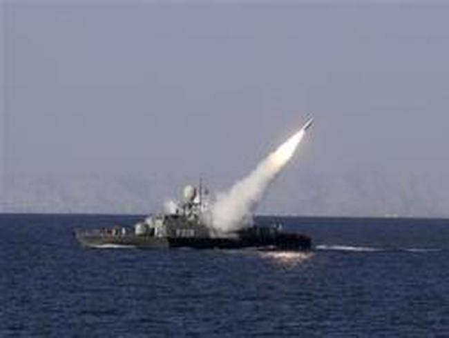 Phương Tây sẵn sàng mở kho dự trữ dầu nếu Iran đóng cửa eo Hormuz