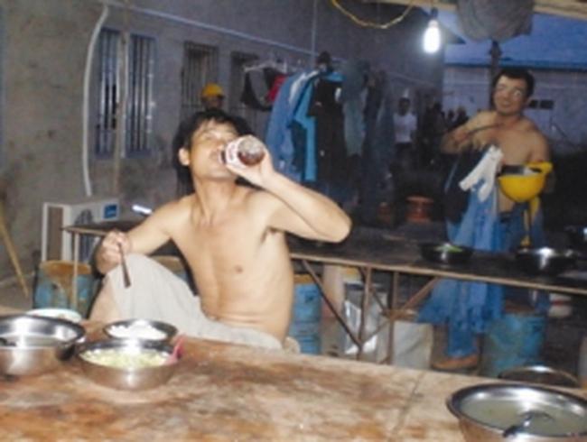 Hơn ba vạn lao động ngoại 'chui' ở Việt Nam