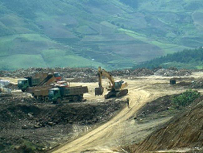 Chính phủ dừng hoàn toàn việc xuất khẩu quặng sắt