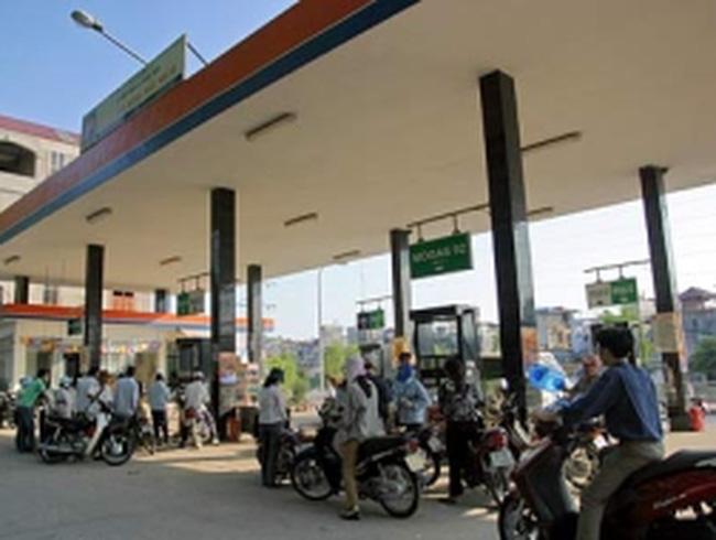 Thay đổi cách tính giá xăng dầu trong năm 2012