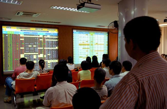 cổ phiếu chứng khoán tăng trần hàng loạt, hai sàn tăng mạnh