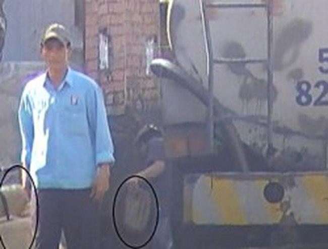 """Vụ """"rút ruột"""" và pha xăng dầu dỏm: Các tài xế, chủ bãi đáp đã khai như thế nào?"""