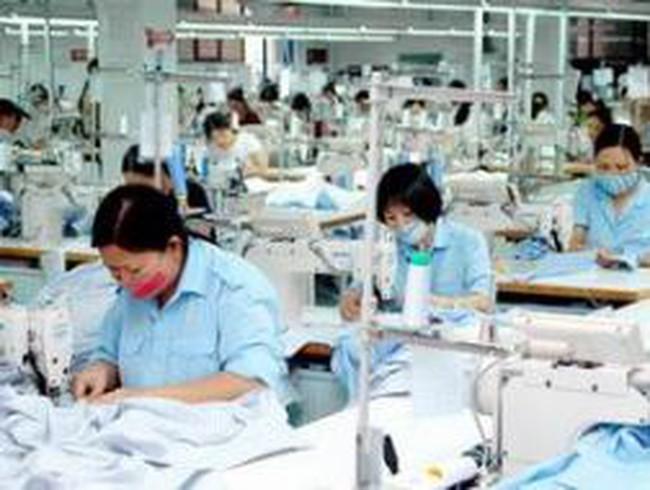 TP HCM: Không để xảy ra nợ lương, thưởng của công nhân